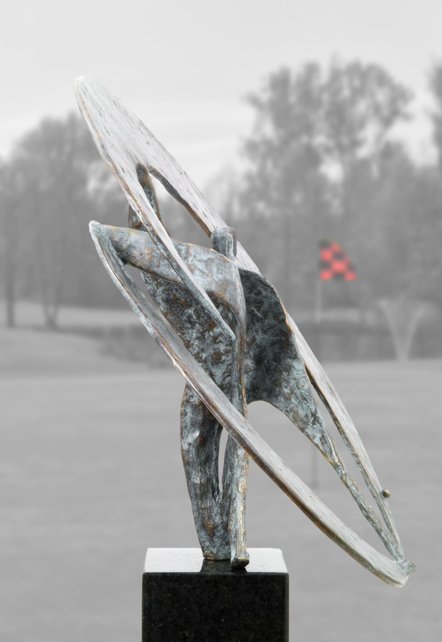 Drive-Golfer-Skulptur